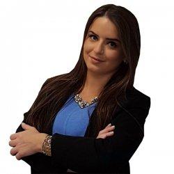 Juíza de Direito | Júli Gonçalvez Cardoso